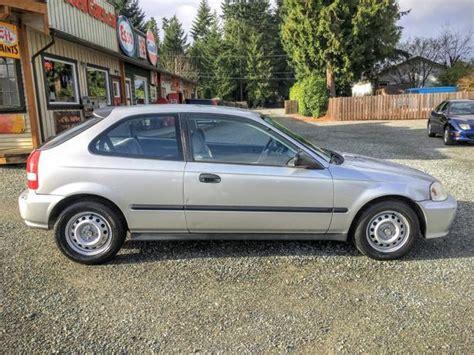 1999 2 door honda civic 1999 honda civic two door hatchback auto low km