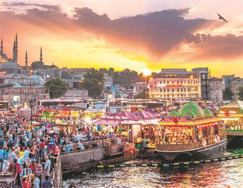 Desk World Market Istanbul The City Of Beautiful Sunsets Art Amp Culture