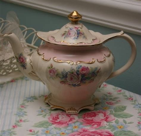 tea with friends the shabby chic teapot