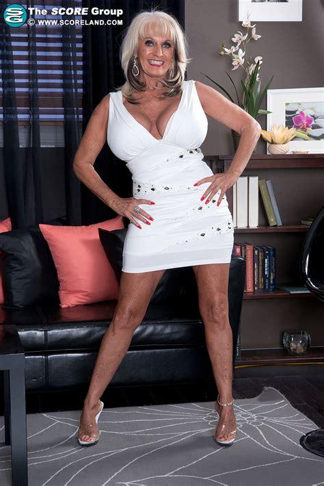 Sally Dangelo Pinterest | sally d angelo milf s cougars pinterest sally