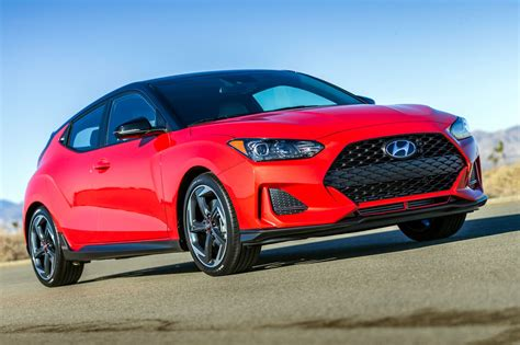 the new hyundai veloster new hyundai veloster 2018 new coupe blasts into naias
