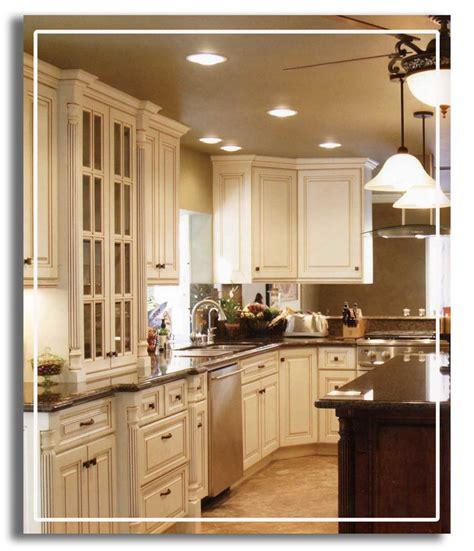 Ivory Kitchen Cabinets by 1000 Ideas About Ivory Kitchen Cabinets On