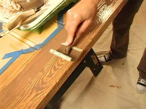 Holzmaserung Nachbilden by Decorative Paint Technique Woodgraining Hgtv