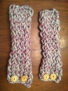 finger knit boot cuffs knit crochet on loom knit crochet chain scarf