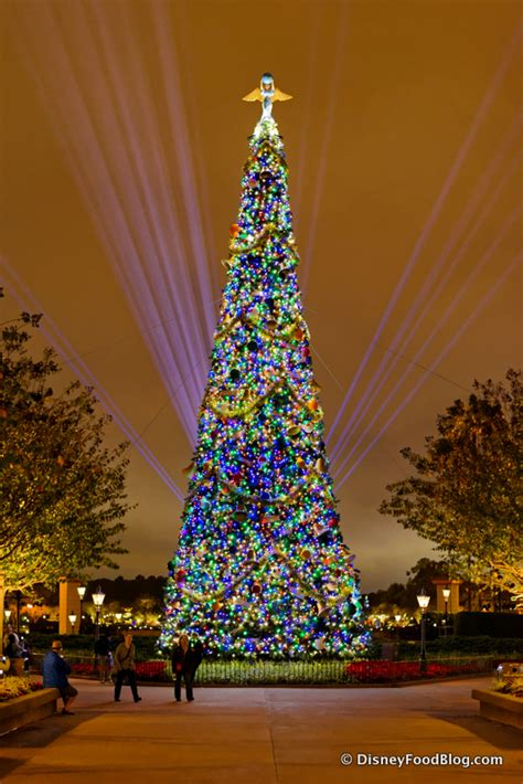 human christmas tree epcot 25 must do disney world events and eats the disney food