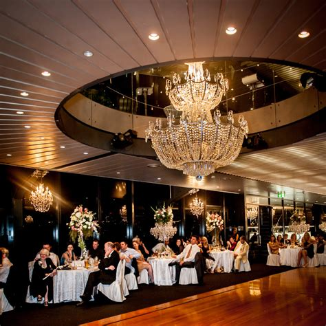 chandeliers to die for starship sydney habour chandeliers to die for pty ltd