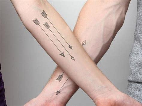men and women show best arrow tattoo design ever photos