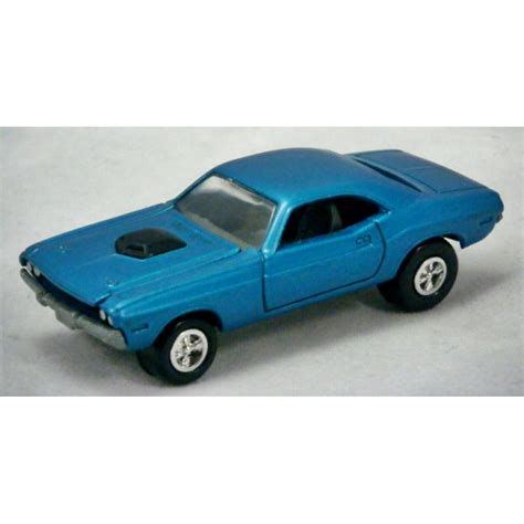 johnny dodge johnny lightning 1970 dodge challenger global diecast direct