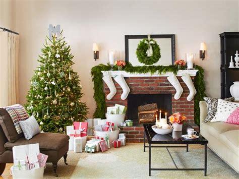 hgtv home decorating shows 40 christmas tree decorating ideas hgtv