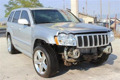 wrecked jeep cherokee sell used 2007 jeep grand cherokee 4wd srt 8 hemi