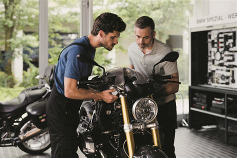 Bmw Motorrad Roadside Assistance Uk by Bmw Offers Three Year Warranty On All New Bikes Except
