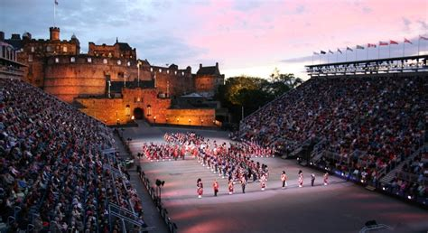 edinburgh tattoo facebook edinburgh military tattoo what a spectacle traquo