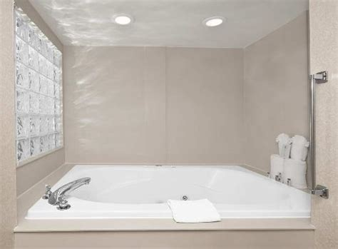 bathtub king torrance hotels with whirlpool bathtubs whirlpool tub picture of