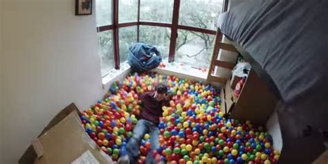 pit room rice university student turns his dorm room into a ball
