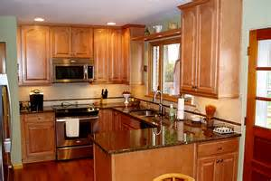 Maple Kitchen Cabinets With Granite Countertops Maple Kitchen Cabinets With Granite Countertop