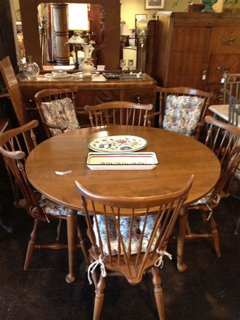 ethan allen table ls ethan allen dining table w 6 chairs 1 leaf by