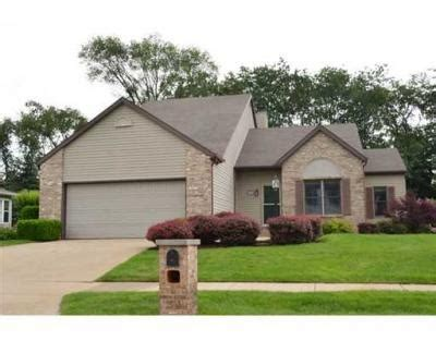 granger indiana home for sale in woodfield downs 3 sided