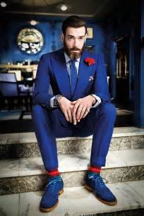What color socks should one wear with a navy suit quora