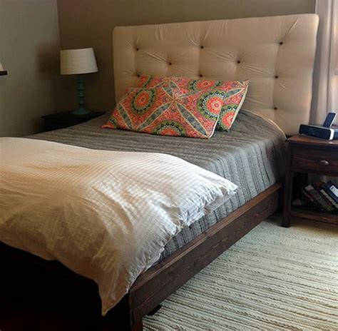 Diy Padded Headboard Projects by Make Your Own Upholstered Headboard Diy Projects Craft