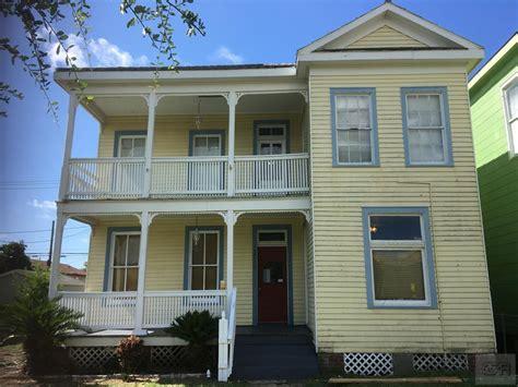 galveston houses for rent