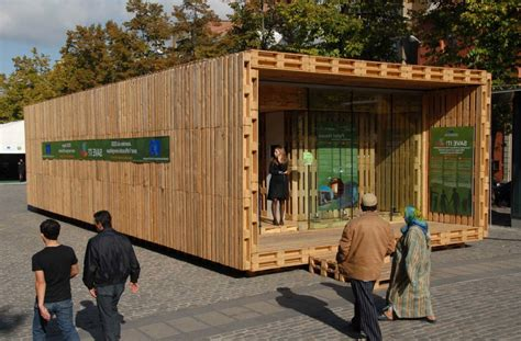 pallet houses pictures pallet house gregor pils andreas claus schnetzer vienna austria mimoa