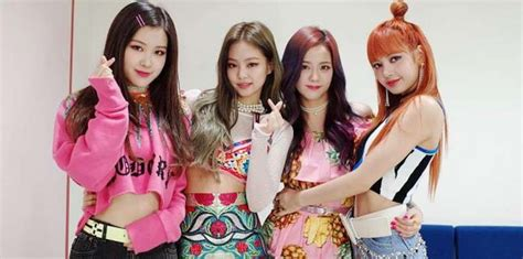 blackpink comeback stage blackpink từ em g 225 i của 2ne1 dần trở th 224 nh girlgroup