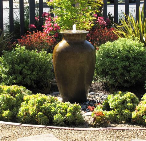 Water Feature Ideas For Small Gardens Water Features Lawn Alternative Front Yard Ideas Water Fountains Landscape Ideas