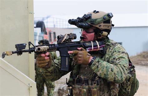 seal navy housing mai 2013 tank masters photos journalism