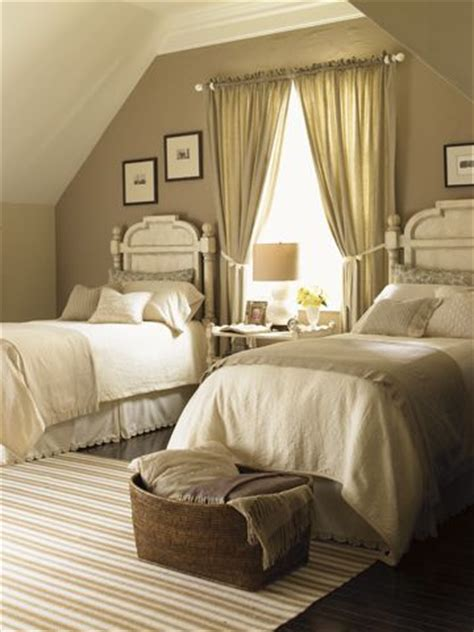 guest bedrooms with beds the world s catalog of ideas