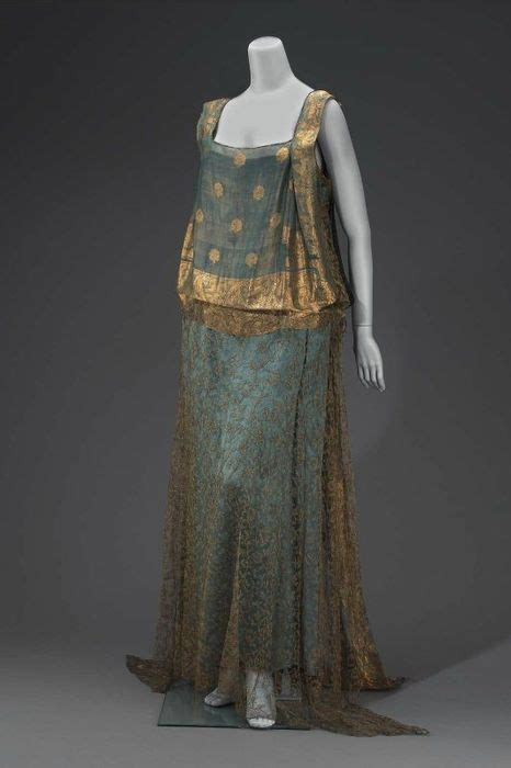 1920s evening dresses the color of the 1920 s evening dresses