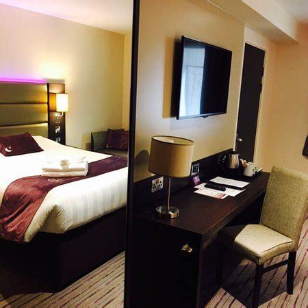 premier inn london chiswick hotel updated  prices reviews england tripadvisor