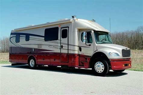 17 Best images about Big Rig Motor Homes on Pinterest   Trucks, Kenworth trucks and Semi trucks
