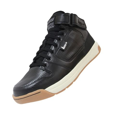 Black Sepatu Sneakers Pria what do your day to day work shoes look like askwomen