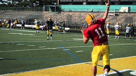 Liu Post 5 Year Mba by C With The 2013 Liu Post Football Team