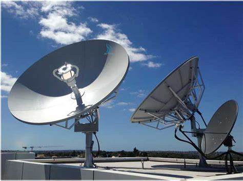 suman   band vsat satellite dish av comm