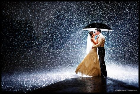 love rain themes romantic couple kissing in rain