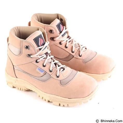 Sepatu Sneakers Pria Garsel Shoes L 82 harga garsel shoes size 39 l 161 merchant pricenia