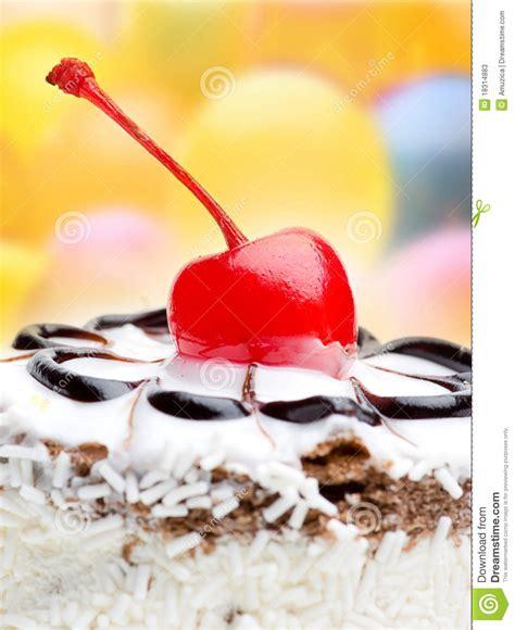 Cherrya Top cherry on top of a cake stock photos image 18314883