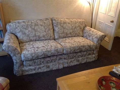 loose covers for settees a 20year old loose cover settee given a reupholstery