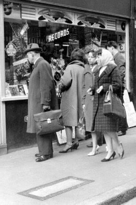 99 best images about 1950 s 1960 s tv shows childhood memories on the donna 17 best images about 1950 quot s record stores on vinyls our and record player