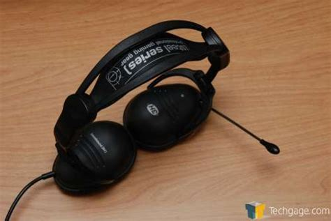 Headset M Tech A6 can someone name these headphones audio linus tech tips