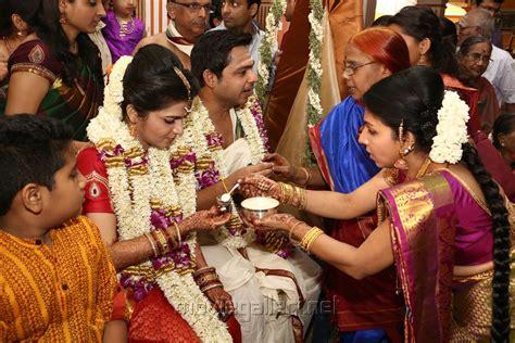 vijay tv dd marriage picture 726444 vijay tv anchor dd divyadarshini