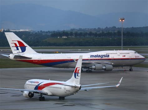 Air 2 Malaysia malaysia tells un that commercial aircraft should be tracked at all times business insider