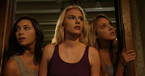 film horor thailand pernicious horror and zombie film reviews movie reviews horror