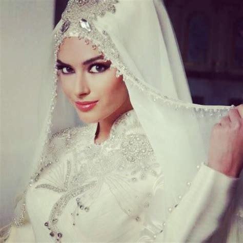 tutorial hijab wedding 73 best bridal headwear images on pinterest bridal gowns