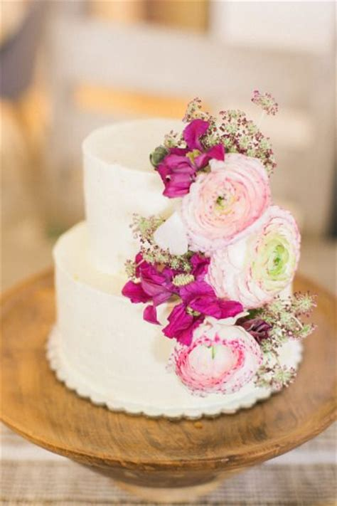Easy Wedding Cake Designs by Top 15 Wedding Cake Designs For Cheap Easy