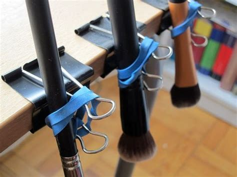 Diy Makeup Brush Drying Rack by Diy Make Up Brushes Drying Rack Tips Make