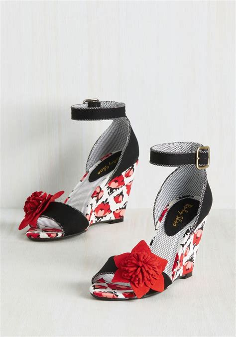 Special Special White Ret Sneaker Wedges Termurah Terlaris 573 best shoes floral images on flats shoes sandals and apartments