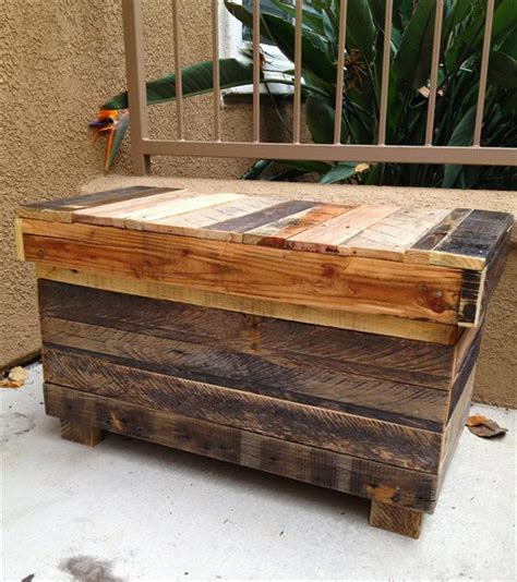 Handmade Pallet Furniture - recycled rustic pallet chest wooden pallet furniture