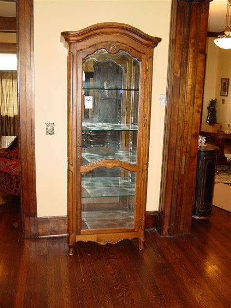 ethan allen curio cabinet ethan allen country lighted curio cabinet glass shelves